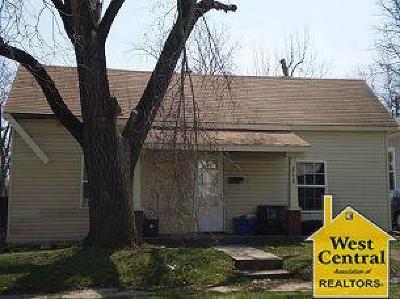 Sedalia Single Family Home For Sale: 818 E 9th