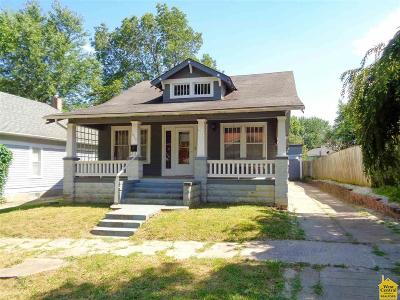 Single Family Home For Sale: 650 E 10th