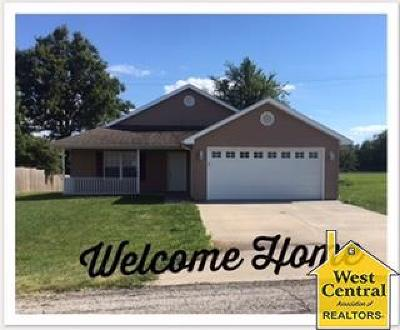 Knob Noster Single Family Home For Sale: 1168 SE 170th Road