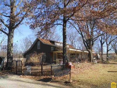 Deepwater Single Family Home Sale Pending/Backups: 223 SE 800 Rd