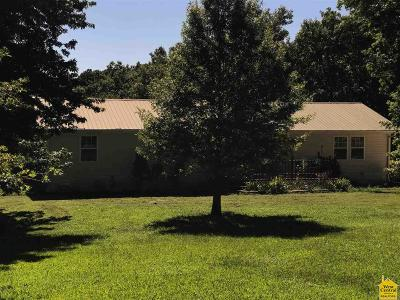 Benton County Single Family Home For Sale: 27656 Hwy Oo