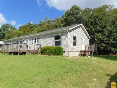 Benton County Single Family Home For Sale: 26683 Escapade