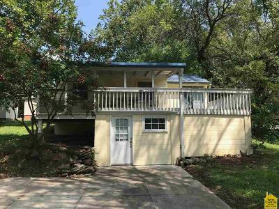 Warsaw Single Family Home For Sale: 29824 Shark Ave