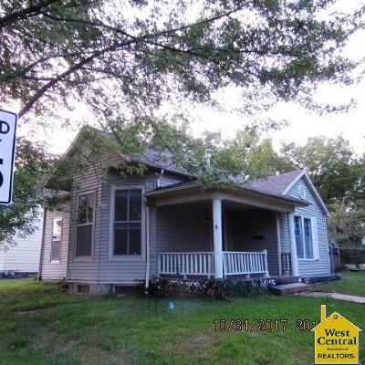 Sedalia Single Family Home For Sale: 921 E 6th