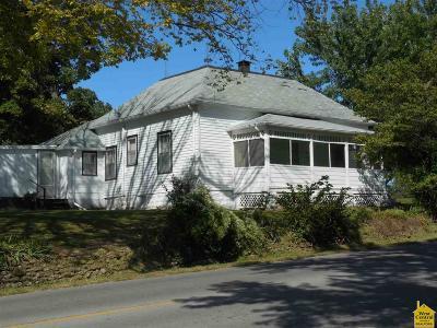 Knob Noster Single Family Home Sale Pending/Backups: 300 W McPherson