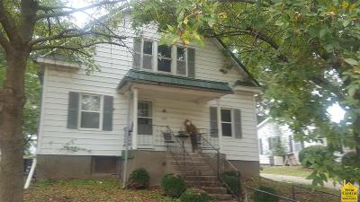 Otterville Single Family Home For Sale: 303 N Vine