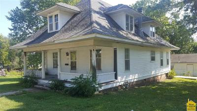 Otterville Single Family Home For Sale: 202 W Grover