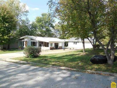 Johnson County Single Family Home Sale Pending/Backups: 206 Salem Ave