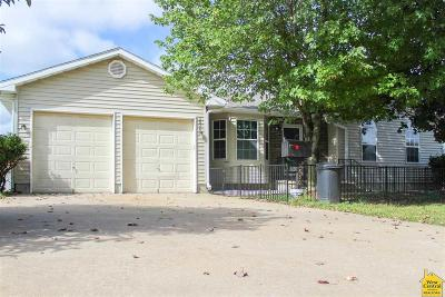 Sedalia Single Family Home For Sale: 3830 Chapel Dr.