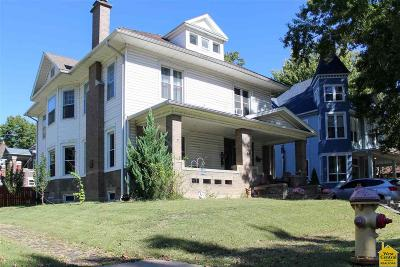 Sedalia Single Family Home For Sale: 724 W 6th