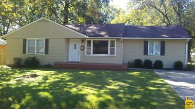 Windsor Single Family Home For Sale: 301 Indiana