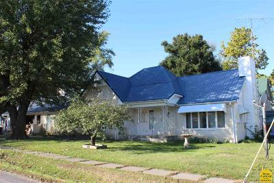 Calhoun Single Family Home For Sale: 101 S College