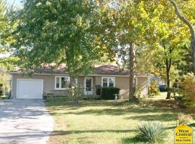 Sedalia Single Family Home For Sale: 3103 Westlake Dr