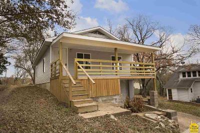 Benton County Single Family Home For Sale: 710 Van Buren St