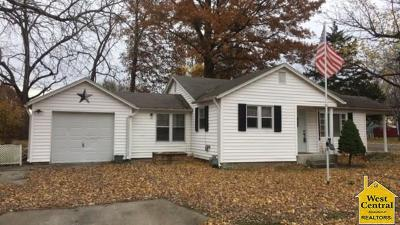 Pettis County Single Family Home For Sale: 821 S Arlington