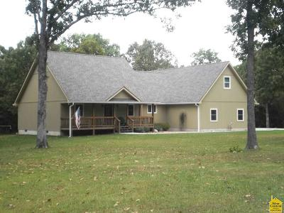 Benton County, Henry County, Hickory County, Saint Clair County Single Family Home For Sale: 23817 Singing Bird Lane