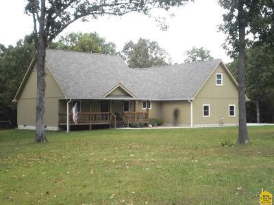 Benton County Single Family Home For Sale: 23817 Singing Bird Lane