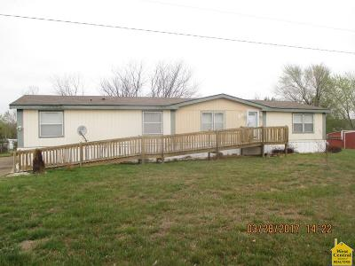 Clinton MO Manufactured Home For Sale: $34,500