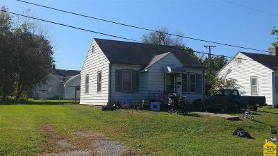 Clinton Single Family Home For Sale: 112 W Benton St