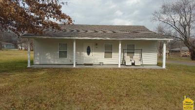 Sedalia Single Family Home For Sale: 213 E 27th