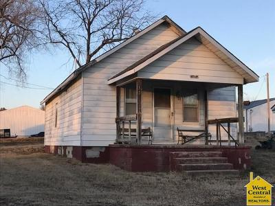 Warsaw Single Family Home For Sale: 800 E. Main St.