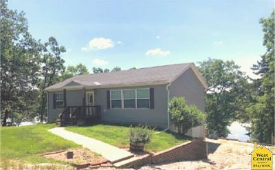 Warsaw Single Family Home For Sale: 28441 Aspen Ave.