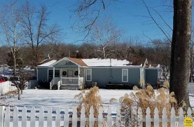 Warsaw Single Family Home For Sale: 32378 Branch Ave