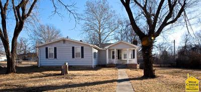 Sedalia Single Family Home For Sale: 1901 S Brown