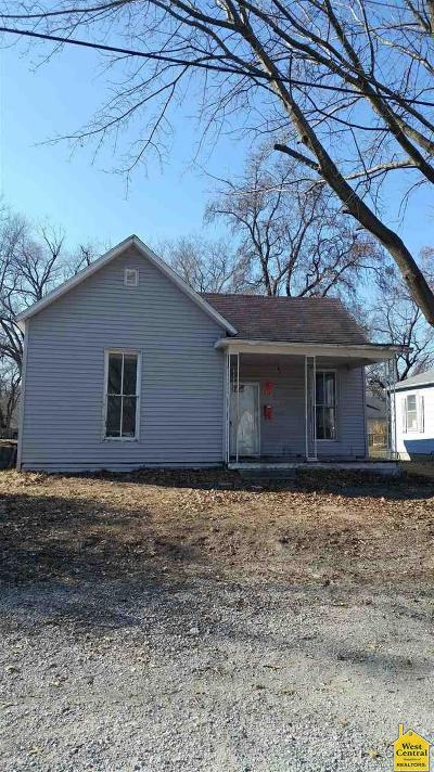Benton County, Henry County, Hickory County, Saint Clair County Single Family Home For Sale: 211 N 6th Street