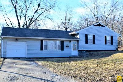 Knob Noster Single Family Home Sale Pending/Backups: 611 S Washington