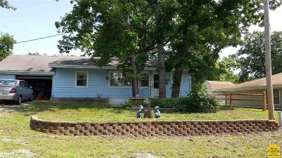 Benton County, Henry County, Hickory County, Saint Clair County Single Family Home For Sale: 14953 Seneca Rd