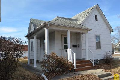 Pettis County Single Family Home For Sale: 230 S Moniteau
