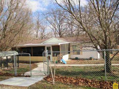 Clinton MO Single Family Home Sale Pending/Backups: $129,900