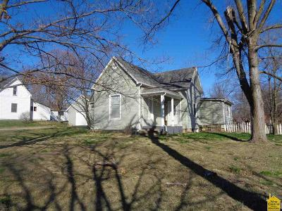 Cole Camp MO Single Family Home For Sale: $82,500