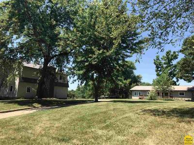 Windsor Single Family Home For Sale: 220 S County Line Rd.