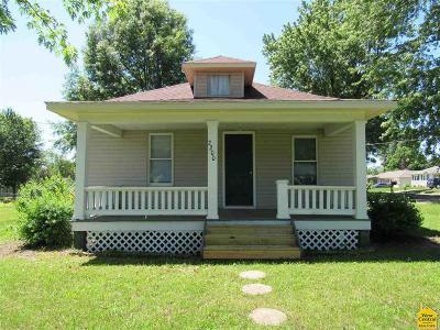 Sedalia Single Family Home For Sale: 2200 E 12th St