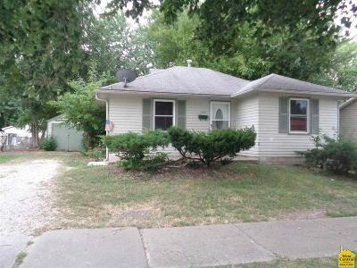 Single Family Home For Sale: 1808 E Broadway