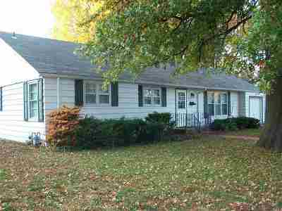 Sedalia MO Single Family Home For Sale: $106,000
