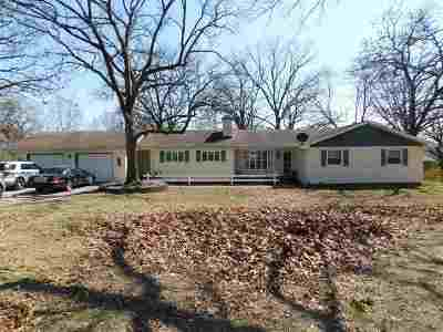 Warsaw Single Family Home For Sale: 813 Sycamore Dr