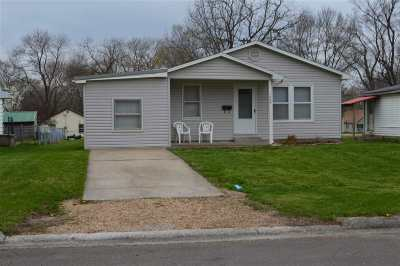 Sedalia MO Single Family Home For Sale: $78,500