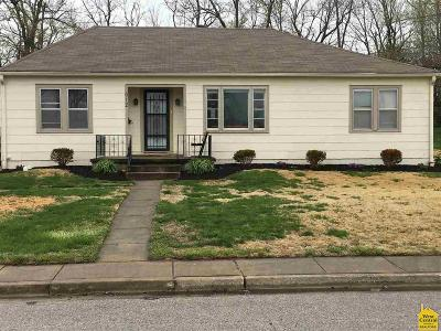 Johnson County Single Family Home For Sale: 612 Laurel