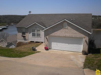Warsaw Single Family Home For Sale: 23247 Lake Ridge Dr