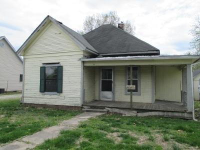 Sedalia Single Family Home For Sale: 1316 E 13th St