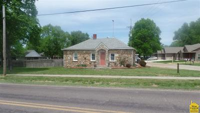 Benton County Single Family Home For Sale: 500 W Main St