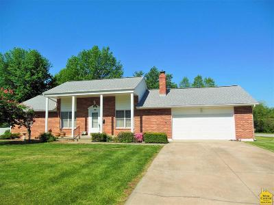 Clinton MO Single Family Home Sale Pending/Backups: $165,000