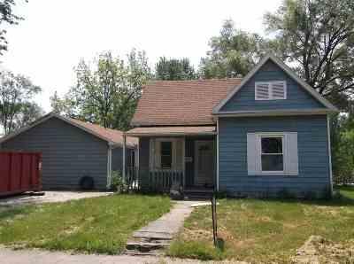 Sedalia MO Single Family Home For Sale: $34,000