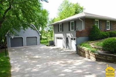 Johnson County Single Family Home Sale Pending/Backups: 366 NE 51st Rd