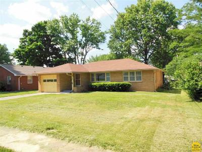 Single Family Home Sale Pending/Backups: 719 E Clinton