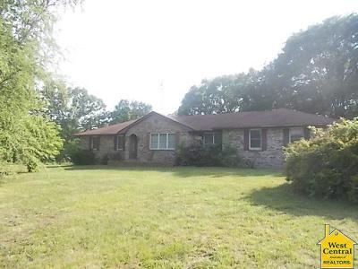 Warsaw Single Family Home For Sale: 26953 Hwy Oo