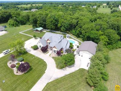 Johnson County Single Family Home Sale Pending/Backups: 13 SW 260 Rd